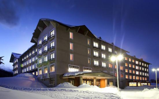 Beautiful hotel Madarao Ski Resort, Japan