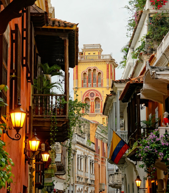 A visit to the picturesque downtown Cartagena, Colombia