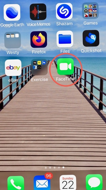Locating FaceTime icon