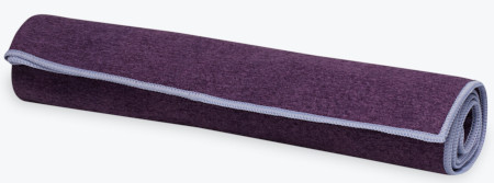 This towel is hypoallergenic microfiber surface that absorbs sweat and dries quickly.