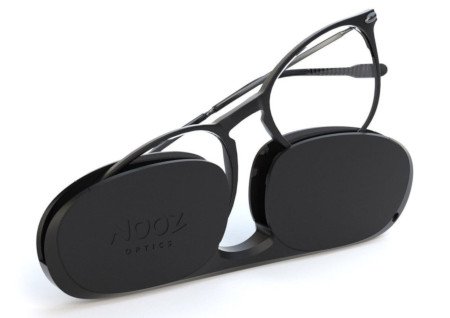 Unisex Pocket readers - oval readers in black with black case.