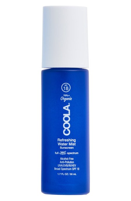 A alcohol-free sunscreen water mist with organic aloe and coconut water to defend from digital and environmental pollution.