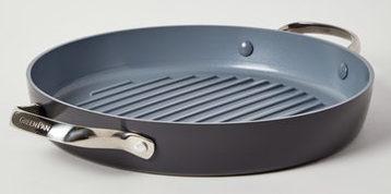 Double handle non stick grill.